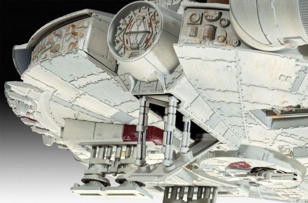 Star Wars Millennium Falcon Model Kit 1/72 Scale Revell UK Star Wars millennium falcon scale statues UK ANimetal star wars millennium falcon model kit UK