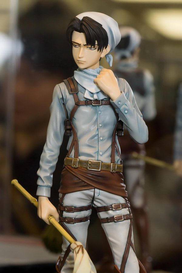 Attack on Titan Levi Figure Cleaner Version Banpresto UK anime figures UK animetal