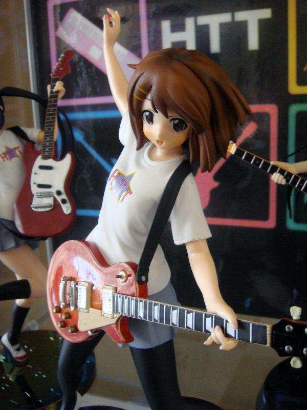 K-ON! Yui Hirasawa Figure Windmill UK SEGA K-on yui figures UK K-on yui hirasawa windmill version figure K-on Yui HTT figure UK animetal anime figures UK