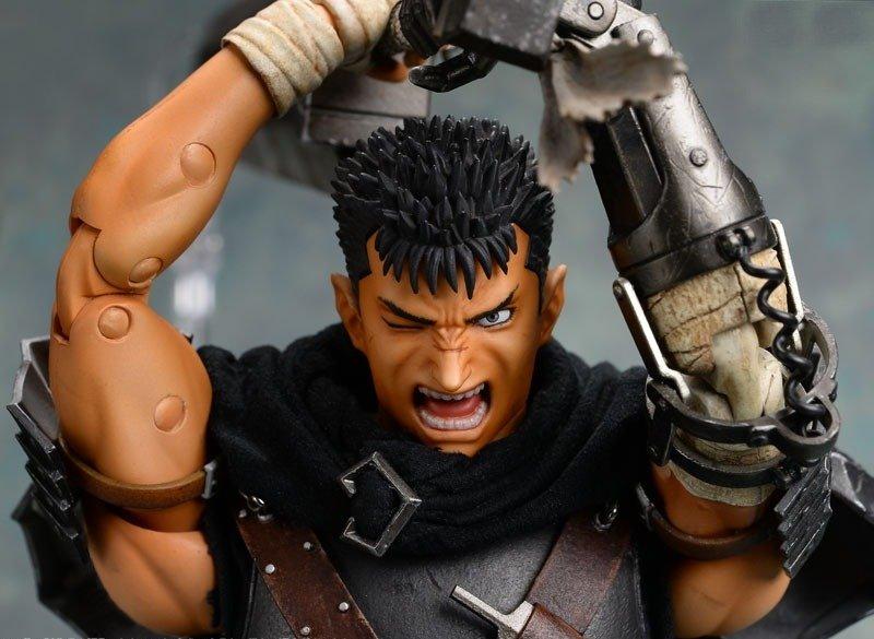 Black Swordsman Real Action Hero Figure Medicom Berserk Guts