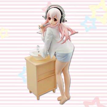Super Sonico Figure Teeth Brushing Version FuRyu UK anime figures UK