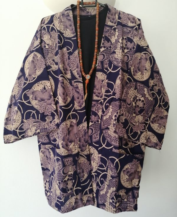 Navy Japanese Haori with Golden Traditional Japanese Print UK Haori UK Japanese Haori UK Japanese Yukata UK Japanese clothing UK Japanese fashion UK