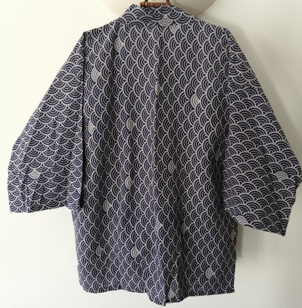 Navy Japanese Haori with Traditional Japanese Waves UK Haori UK Japanese Haori UK Japanese Yukata UK Japanese clothing UK Japanese fashion UK animetal