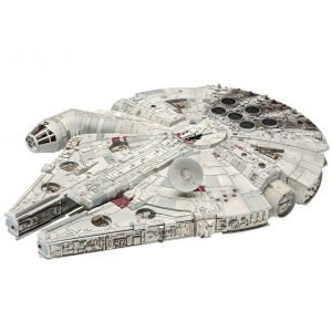 Star Wars Millennium Falcon Model Kit 1/72 Scale Revell UK Star Wars millennium falcon scale statues UK ANimetal star wars millennium falcon model kit UK
