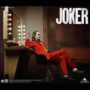 Joker Statue Joaquin Phoenix Joker Premium Edition 52 cm 1/3 Scale Queen Studios UK Animetal joker scale statue UK dc comics collectibles