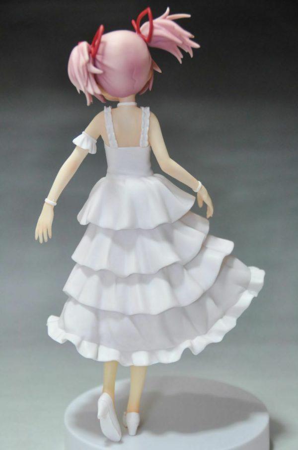 Madoka Magica Kaname Madoka SQ Figure White Dress Ver. Banpresto UK Madoka Magica Kaname Madoka Figure White Onepiece ver. Banpresto UK Animetal