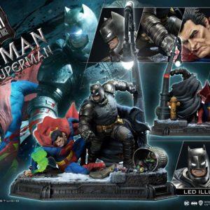 DC Comics Statue Batman Vs. Superman (The Dark Knight Returns) 110 cm Prime 1 Studio UK dc comics statues prime 1 studio UK batman figurines UK superman figurines UK Animetal