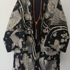 Black Japanese Haori with Fan & Koi Fish Print UK Haori UK Japanese Haori UK Japanese Yukata UK Japanese clothing UK Japanese fashion UK kimono UK Animetal