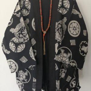 Black Japanese Haori with Dragon Print UK Haori UK Japanese Haori UK Japanese Yukata UK Japanese clothing UK Japanese fashion UK kimono UK Animetal